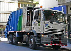Iveco (So Cal Metro) Tags: argentina trash garbage buenosaires rubbish waste refuse sanitation iveco trashtruck dustcart cliba