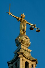Lady Justice atop Old Bailey (jbparker) Tags: uk england sculpture london statue lenstagged published unitedkingdom courthouse oldbailey centralcriminalcourt canon70300f456