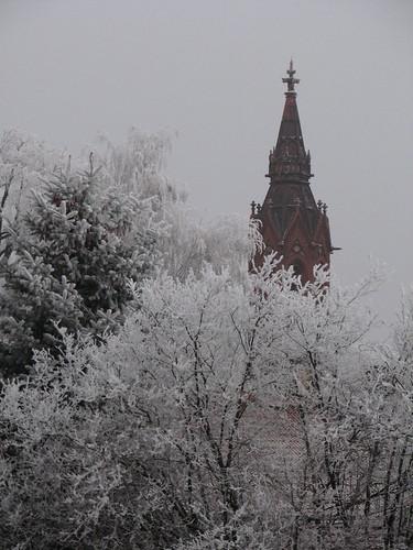 Winteranfang: Blick auf den Ragower Kirchturm