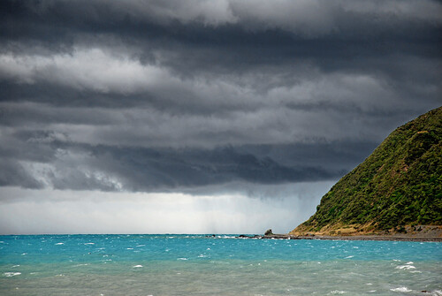 Cold front approaching Cook Strait, New Zealand, 26 December 2007