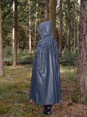 Capes 20010518-002 (Rainhood) Tags: rubber plastic latex cape hood rainwear pvc