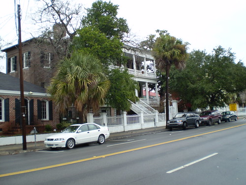 Typical street scene in Charleston