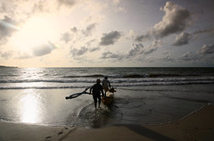 going fishing (*jos*) Tags: people bali canon indonesia asia persone 5d beautifulbali exceptionallybeautifulbaligallery
