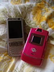 Mobiles in love