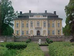 Steninge slott (tompa2) Tags: slott märsta träd uppland sverige steninge sweden schweden suède