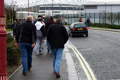 Walking to the ground (JonHall) Tags: football fulham derby premiership fulhamfc pridepark derbycountyfc derbycountyvsfulham20080329