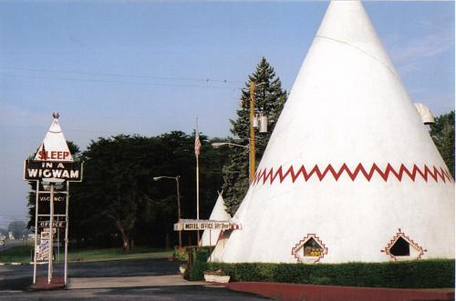 Cave City Wigwam Village