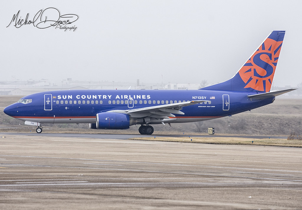 Cheap Sun Country Airlines Flights. Sun Country Airlines flights are delayed 60% of the time. When there is a delay, it averages about 24 minutes. Taking into consideration both delay frequency and duration as well as on-time performance, Sun Country Airlines earns out of 5 stars.