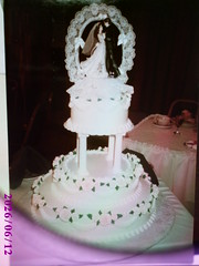 Simple Design Wedding Cake (Creative Cakes For All Occasions) Tags: wedding roses simple stacked tiered