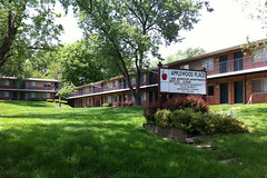 Applewood Place Apartments