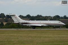 OE-LXR - 9235 - Vista Jet - Bombardier BD-700-1A10 Global Express XRS - Luton - 100818 - Steven Gray - IMG_2085