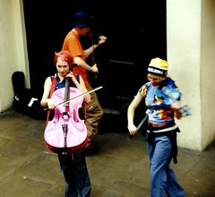 Pink Bass (Coussier) Tags: uk greatbritain pink girls boy summer vacation england london modern lesbian square happy europe unitedkingdom violin cello londres quadrado londa
