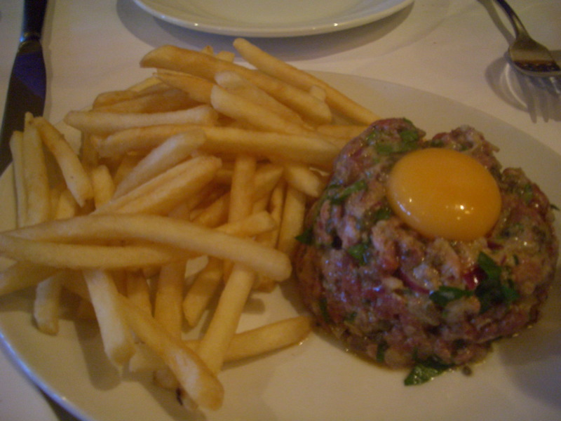 Steak Tartare at Bouzy Rouge