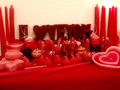 love () Tags: girls light white love home beautiful night studio happy friend candles candle heart floating kerze gift vela 2008 lys loved candela loveu bougie chandelle candlesticks kaars ljus cirio iloveu                eierenschouwen