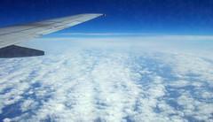 (Elena Mannocci) Tags: world sky clouds plane wow fly nuvole blu bue cielo aereo aria cmwd cmwdblue 3l3na88 3l3na elenamannocci