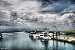 Amador Causeway Dock, Panama (Bernai Velarde Photography ) Tags: sea clouds boats mar dock sony panama yates amador causeway velarde dscr1 bernai anawesomeshot