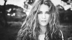 Justine (Guillaume.PhotoLifeStyle) Tags: justine portrait extérieur eyes regard young yeux guillaumeg outside outdoor lumièrenaturelle woman model mode bokeh modèle monochrome photolifestyle pentax sigmaart35mmf14 dark france french femme fashion frenchgirl headshot hair k3 wwwfacebookcomphotolifestyle cheveux curly visage beauty bw beautiful nb naturallight face longhair closeup teeth