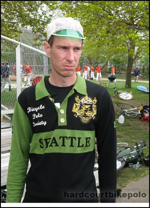 Seattle bicycle polo Ian