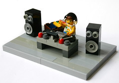 DJ (Brainbikerider) Tags: music dj lego jockey turntables speaker electronic disc moc foitsop