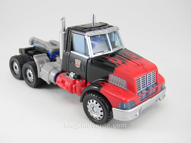 Transformers Laser Optimus Prime United Deluxe - modo alterno