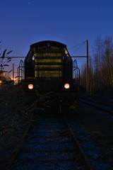 Mazurka and co are ready to go. (Azariel01) Tags: old graveyard metal night train rust belgium belgique belgie diesel tracks loco locomotive wreck scrap nuit cimetiere trein vieux rouille 2014 manoeuvre ferraille nmbs voies épave mazurka sncb 7358