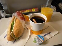 In Flight Snack, Lufthansa LH3675, GVA-FRA