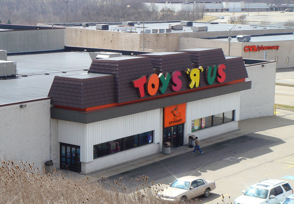 Toys r us watertown ma / Restaurants at the plaza in kansas city