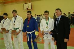 T.Vaitkevičius-antras iš dešinės