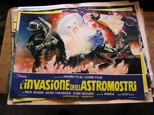 monsterzero_italianposter.jpg