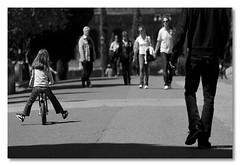 (niko si ) Tags: portrait people bw bike kids gente bambini retrato bicicleta ritratto bicicletta 85mmf14 bnvitadistrada sfidephotoamatori