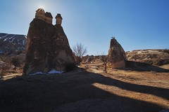 Pasabag,Cappadocia,Turkey (Eddy Tsai) Tags: pasabag cappadocia turkey 蘑菇谷 r19rom 卡帕多其亞 1985世界遺產 風化岩石 穴居 怪石 格萊梅山谷 洞窟 壯麗奇景 土耳其 peculiar landscape scenery wizard chimneys cave glime valley weathered rock worldheritage