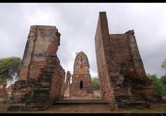 TH-061 (Rawbean Laden) Tags: thailand ayutthaya watmahatat templeruin