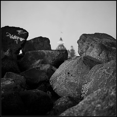 Civilization (Kent Mercurio) Tags: california blackandwhite bw 120 6x6 tlr film monochrome mediumformat square rocks sandiego stones diafine coronado tmax100 hoteldelcoronado twinlensreflex kance yashicamat124g kodaktmax100 100tmx canoncanoscan8400f kentmercuriocom kentmercurio