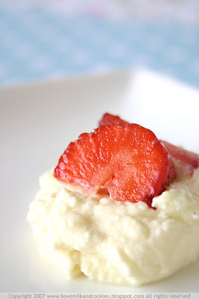 Strawberry and Ricotta Cream