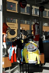 BicyclingHub's new location-3.jpg