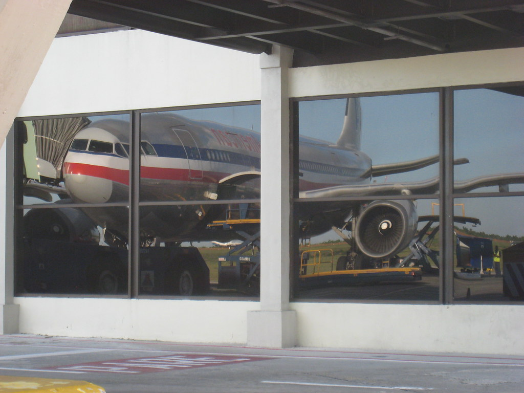 Airbus A300 reflection in SDQ