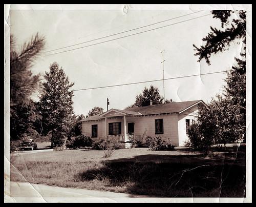 v2 grandmama's house