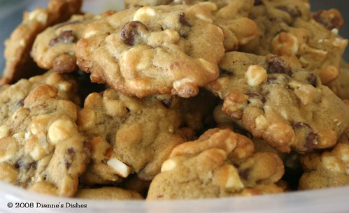 Double Chocolate Chip Cookies With Cashews