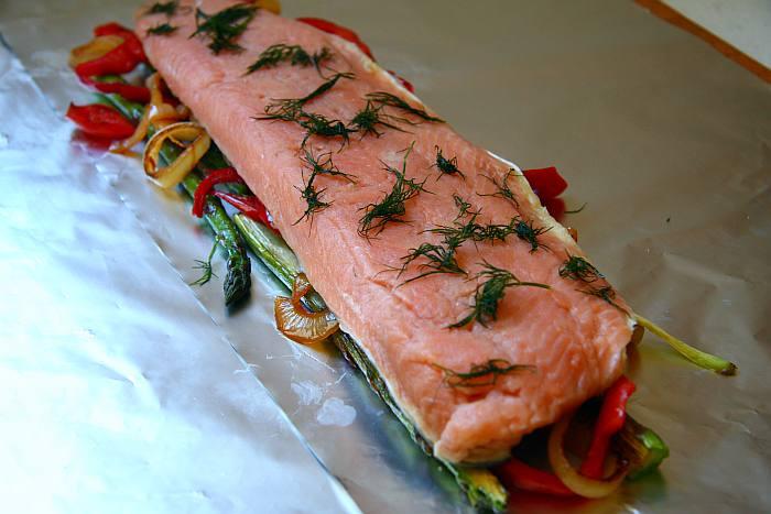 Cocinar Salmon Congelado | Salmon Salvaje En Papillote Con Salsa Holandesa Mercado Calabajio