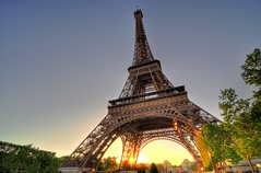Sunset near Eiffel tower.. (Vikaz) Tags: trip travel sunset paris france photography experiments nikon europe fotografie dusk g eiffeltower may tokina dslr iledefrance 2011 ultrawideangle d90 tourdeeiffel 1116mm