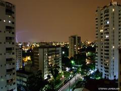 São Paulo - Relâmpago (Stefan Lambauer) Tags: city cidade brazil brasil night lights rainbow ray sãopaulo stefan explore noturna noite lightning relâmpago raio campobelo goldenmix imagesoftheworld stefanlambauer flickrelitegroup wonderfulworldmix clicksp photosexplore photoexplore