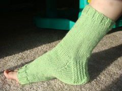 green pedi-sock 003