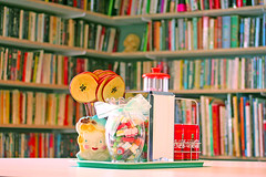 Candy Apple Cafe (boopsie.daisy) Tags: candy library books napkinholder diningroom bow vase tray apples tabletop elmers candyjar saltnpepper ribboncandy strawholder applesticks