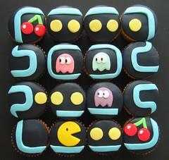 pacman cupcakes