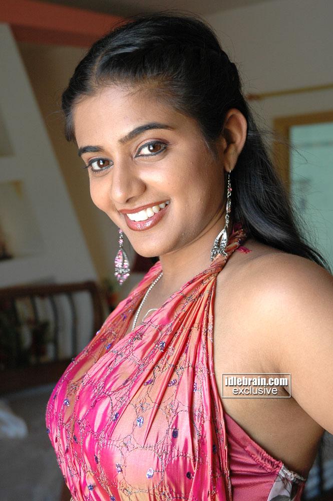 Cubicle Bioscope Young Priya Mani Navel Gallery