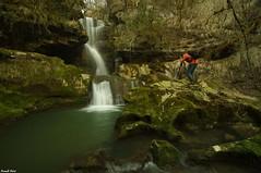Guy photographiant la Cascade Amont des Gorges du Lizon - Cuttura (francky25) Tags: guy la du des jura gorges cascade franchecomté lizon amont photographiant cuttura
