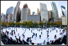 Chicago Skating (fensterbme) Tags: city family people chicago ice skyline architecture buildings iceskating crowd parks milleniumpark fisheye 5d recreation daytrip chicagotrip fensterbme primelens canonef15mmf28fisheye canonfisheye canon15mmf28 canon15mmf28fisheye personalthanksgiving misslivinginthiscity curvilinearlens dayafterthanksgivingchicagotrip