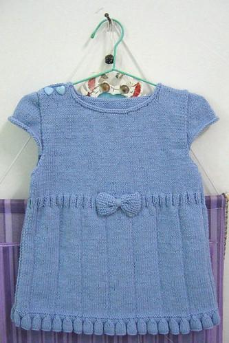 Kız bebeklere takım ve elbise modelleri