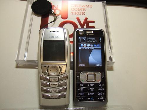Nokia 6610 & Nokia 6120c
