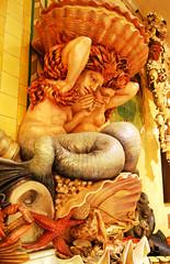 Harrods Statue (Paul Saxton) Tags: food fish london harrods seafood mohamedalfayed
